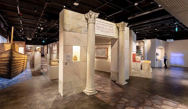 Grano toteutti Ostia, portti Roomaan -näyttelyn kaikki suuret pinnat