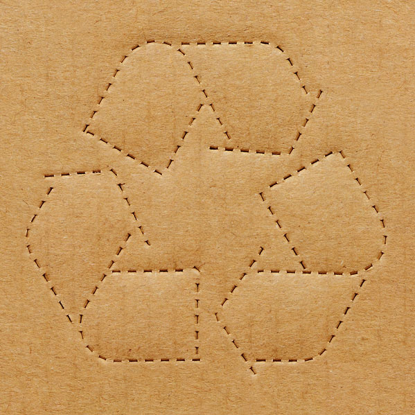 Kierrätyspahvista voi taikoa melkein mitä vain