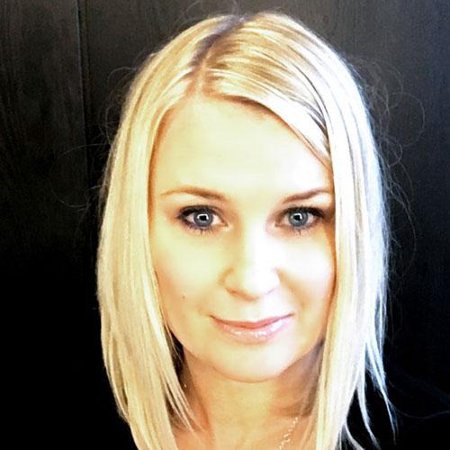 Tove Asukas / projektipäällikkö, Retail & Creative